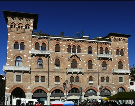 The town hall of Treviso, the Palazzo del Podestà