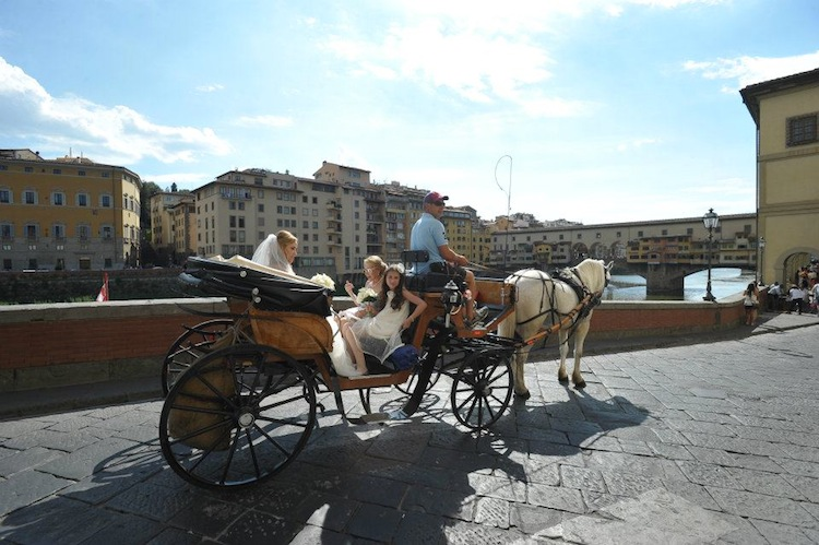 Wedding in Italy - horse and carriage
