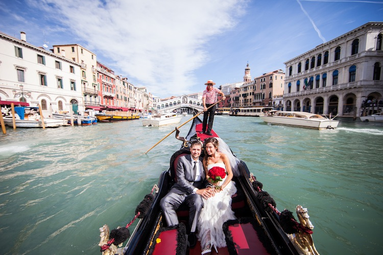 Gondola for Wedding in Italy