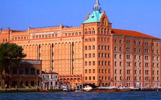 Modern Venetian Masterpiece Hotel 1