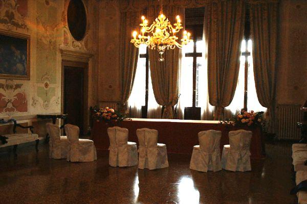 Sala Stucchi